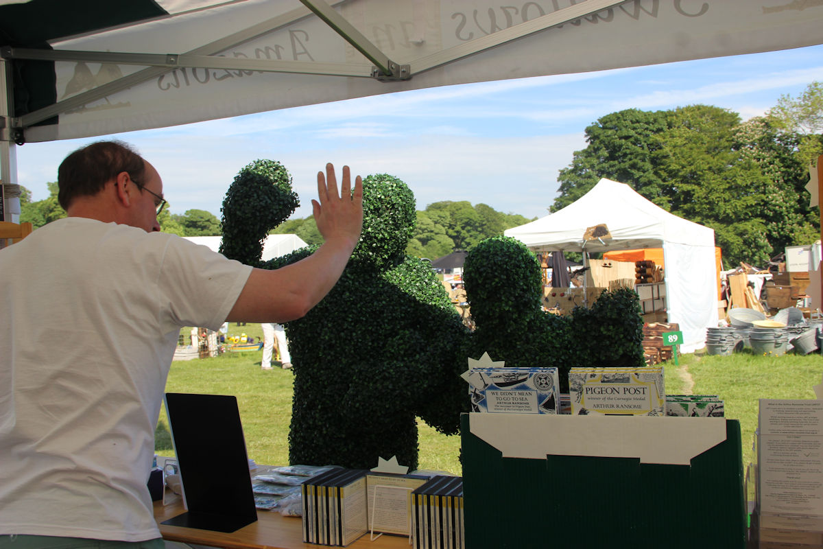 Greeting Topiary at the Holker Garden Festival